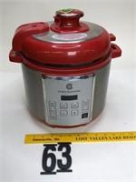 Cook's Essentials pressure cooker smaller