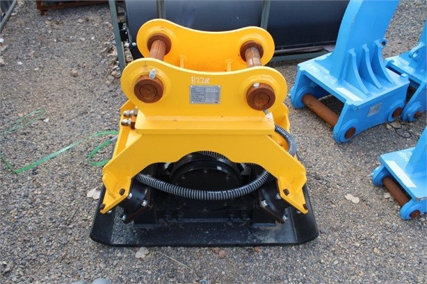 2020 KBKC VIBRATING COMPACTION PLATE (12-15 TON)