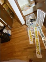 """Closet Full of TV Props from """"Homicide Hunter"""""""