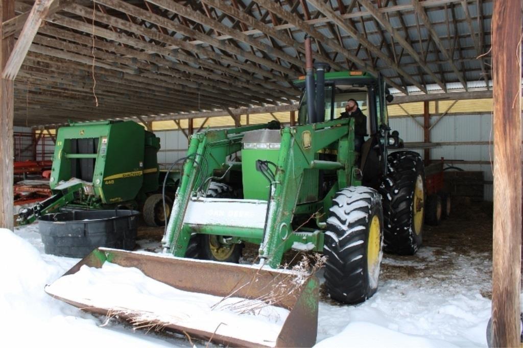 Farm Equipment  Briggs Heritage Farm Auction