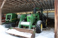 Farm Equipment  Briggs Heritage Farm Auction