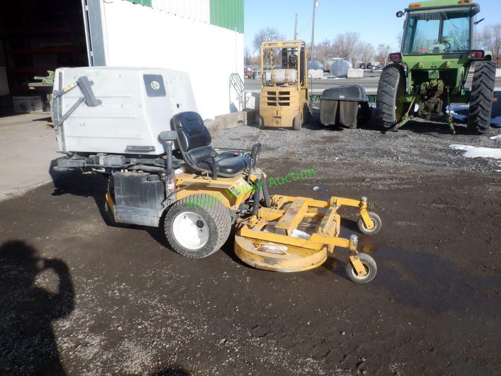 2011 Walker 8400 Zero Turn Commercial Lawn Mower