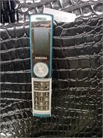 Verizon SAMSUNG music phone with camera
