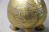CAST TEA POT MARKED DEVS ET LVMEN MD LXXV