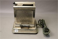 BERSTED ELECTRIC TOASTER