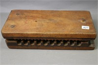 WOODEN TOBACCO MOLD 13X6X3