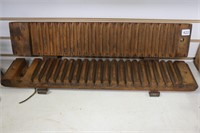 LARGE WOODEN TOBACCO MOLD 25X5X4