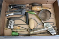 LOT OF ANTIQUE KITCHEN UTENSILS AND TOOLS