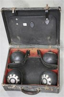 LAWN BOWLING BALLS WITH CASE