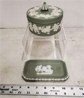 Wedgwood box & tray