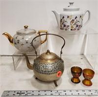 3 tea pots & 2 wood egg cups
