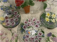 Floral decorated blows & plates