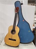 Hando H306A guitar and case