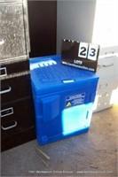PLASTIC 1-DOOR CABINET