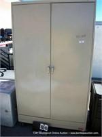 TENNSCO CASTERED 2-DOOR METAL CABINET
