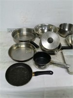 Qty (11) Lot of Assorted Cookware
