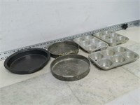 Qty (3) Pie Pans & (3) Muffin Pans