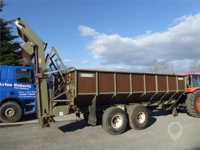 HERBUST 12T ROOT TRAILER at TruckLocator.ie