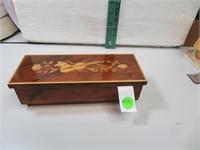 Vtg Made in Italy House of Global Art Music Box
