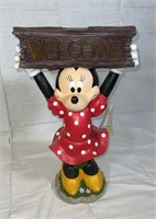 Disney Minnie Mouse solar Welcome garden statue