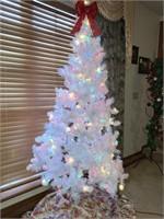 6 ft. Pre-lit White Christmas Tree
