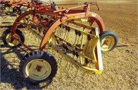 New Holland 256 side delivery rake