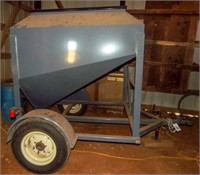 Elite 3000lb tote trailer,