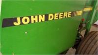 John Deere 535 Baler