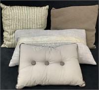 Lot Of (4) Decorative Throw Pillows