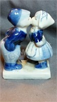 Hand Painted Delft Kissing Boy And Girl