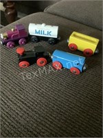 5 Wooden Thomas The Train Cars