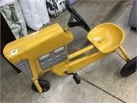 YELLOW ANTIQUE PEDAL TRACTOR