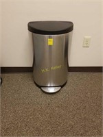 Kairos Office Furniture and Supplies Online Auction