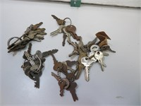 Vintage and Antique Padlock and car keys