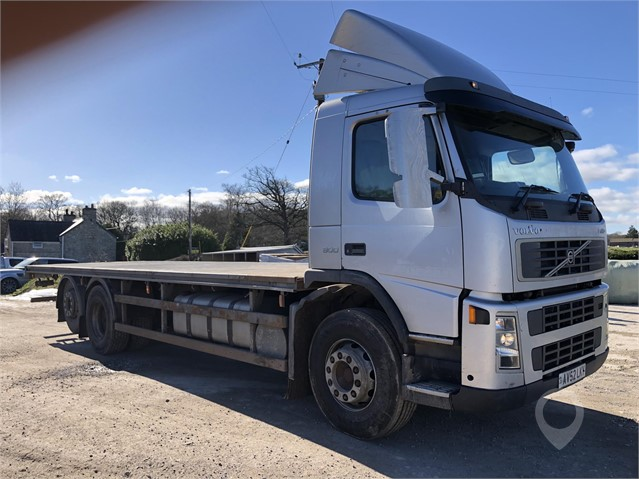 2002 VOLVO FM9.300 at www.plantexmachinery.co.uk