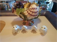 Fitz and Floyd Centerpiece and Frogs
