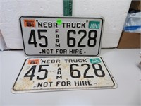 1999 Nebraska Truck License Plate Set 45Farm628