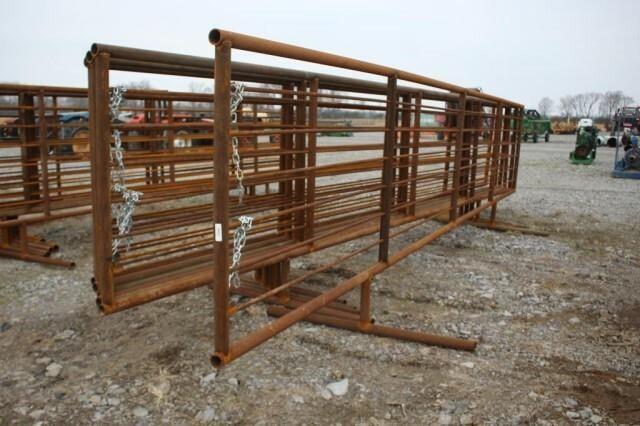 (6) Unused 24' Free Standing Corral Panels