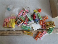 GUM WRAPPERS