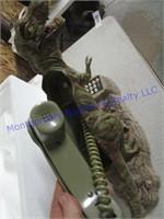 DINOSAUR TELEPHONE