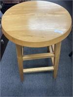 Lot of wooden bar stool & adjustable foot stool