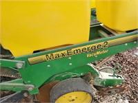 John Deere 7200 6 Row Planter
