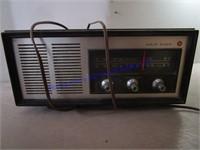 CLOCK RADIO & RADIO