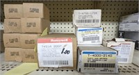 Various thermostat lot 13 ct