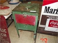 Spring Mancave & Advertising Auction