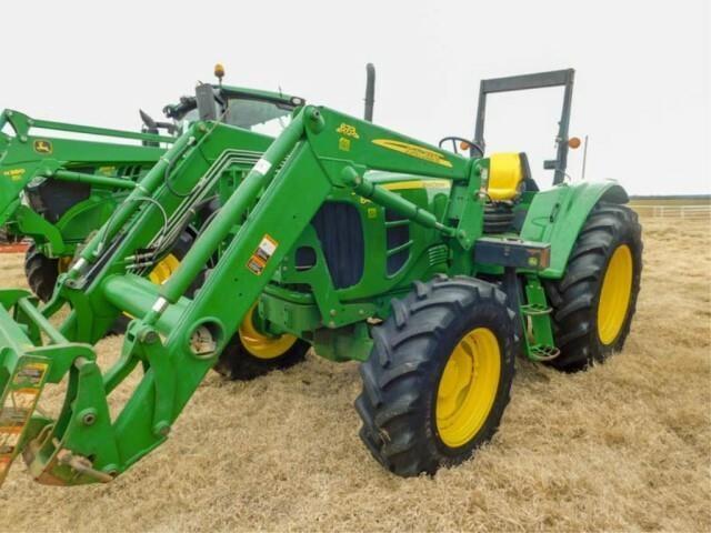 2010 JD  6430 MFW tractor, 673 ldr, bucket & spike