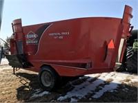 2014 Kuhn VT180 vertical max TMR mixer wagon