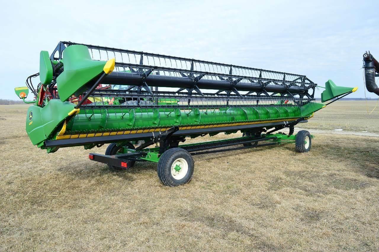 2017 John Deere 630F 30ft Flex Grain Head