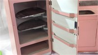 Large Nassau metal doll furniture appliances