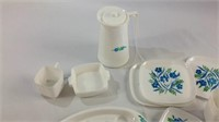Kids vintage playset dishes